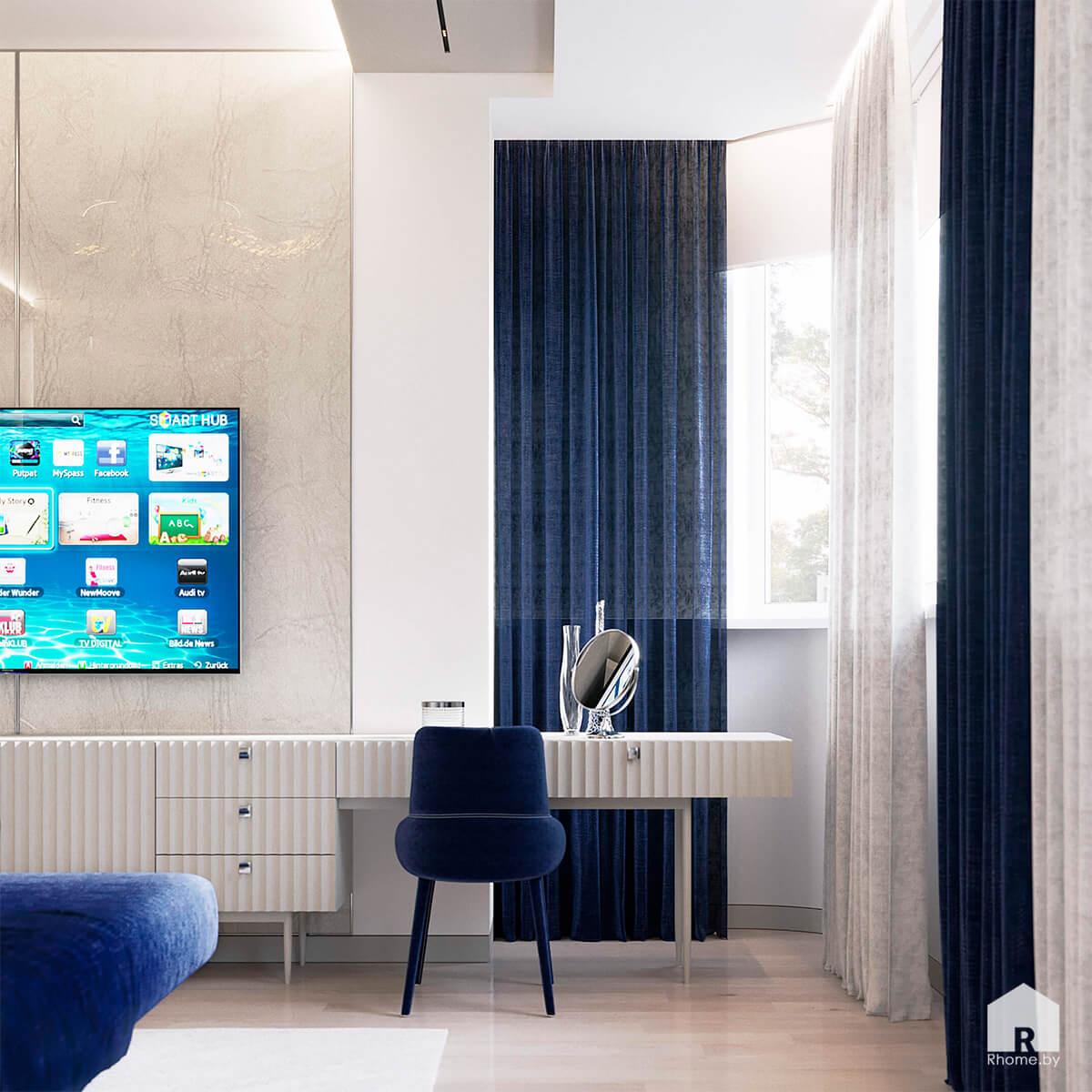 Квартира в Москве. Туалетный столик в бело-синей спальне