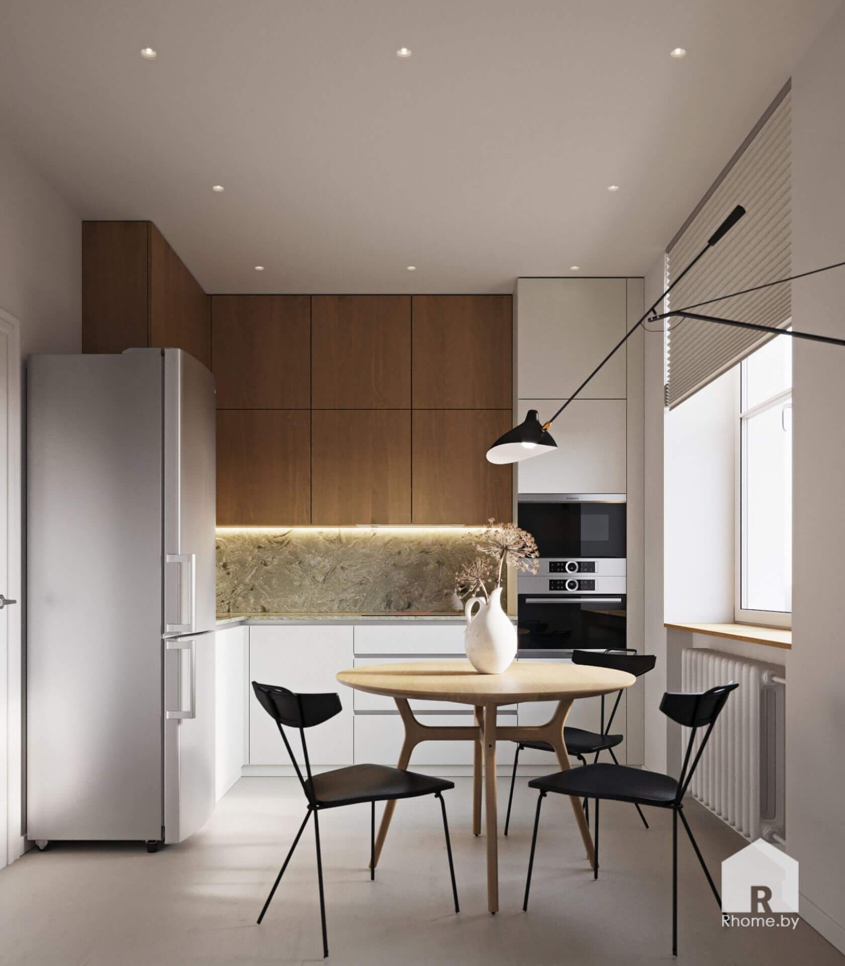 Современная деревянная кухня с круглым столом, черными стульями и хромированным холодильником.